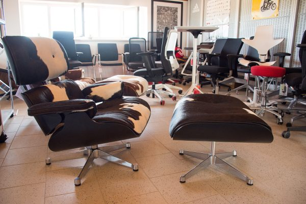 Charles & Ray Eames Lounge Chair Kuhfell